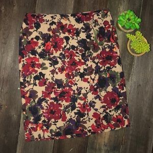 Talbots Tan Floral Pencil Skirt Petite 2p